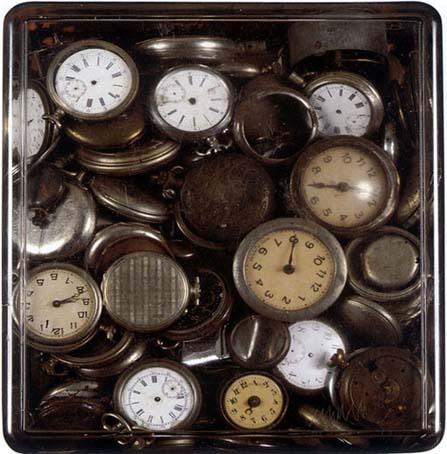 Arman accumulation les montres for Arman accumulation